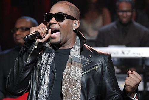 R. Kelly Withdraws From Concert Cruise