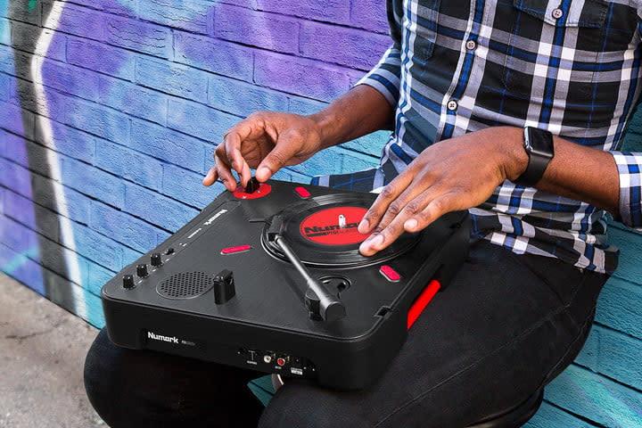 The Numark PT01 Scratch DJ Turntable