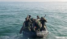 陸戰隊戰鬥突擊艇搶灘 展堅實戰力