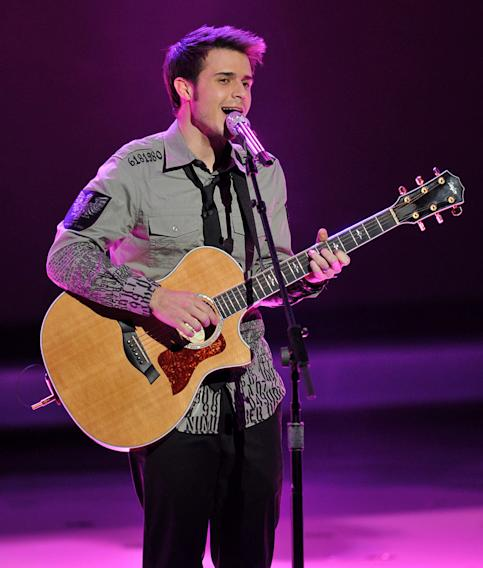 "Kris Allen performs performs ""How Sweet It Is"" by Marvin Gaye on ""American Idol."""