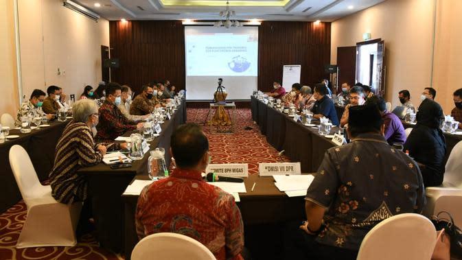 Rapat Koordinasi percepatan pembangunan pipa transmisi gas bumi ruas Cirebon-semarang (Cisem) tanggal 11 Agustus 2020 di Semarang.