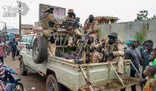 軍方連逮總統、總理 西非馬利政府解散