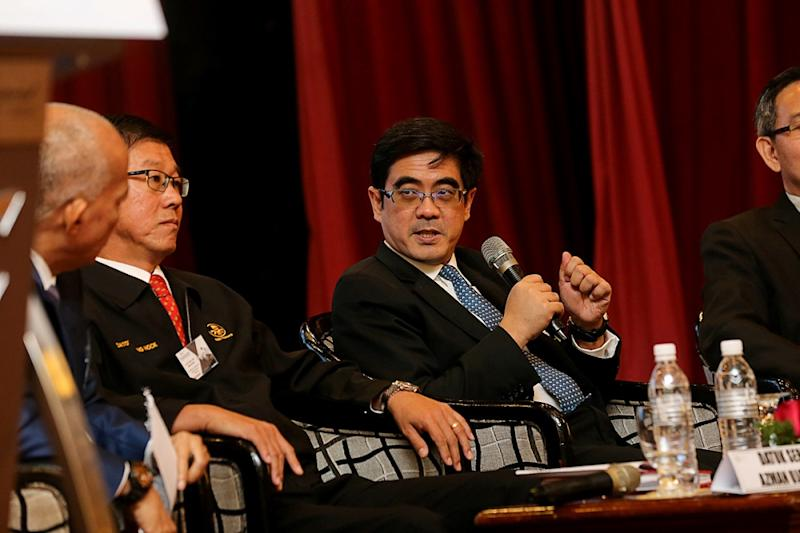 Deputy group managing director of Gamuda Berhad Rashdan Yusof (centre) speaks during the Penang International Business and Investment Summit in George Town February 26, 2019. Gamuda Berhad is the sole Malaysian company to make it to Forbes' World's Best Employer 2020 list. — Picture by Sayuti Zainudin