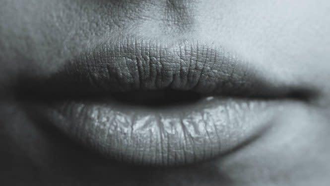 Tertular Herpes Usai Ciuman, Pria Gugat Teman Kencannya