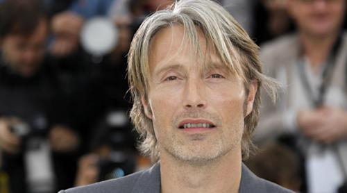 Mads Mikkelsen talks losing his head in 'A Royal Affair' & following Anthony Hopkins' bloody footsteps as TV's 'Hannibal'