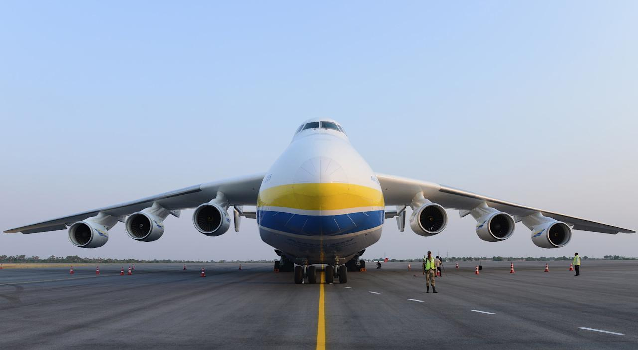 """<p>The marvel of flight never ceases to amaze, and the spectacle is that much more unbelievable when the aircraft are longer than Olympic swimming pools, heavier than the world's biggest tanks, and taller than 5-story buildings. Here are the most monstrous planes flying today.</p><p><strong></strong>✈ <strong>You like badass planes. So do we. <a href=""""https://join.popularmechanics.com/pubs/HR/POP/POP1_Plans.jsp?cds_page_id=250088&cds_mag_code=POP&cds_tracking_code=edit-inline-monster-planes"""" target=""""_blank"""">Let's nerd out over them together</a>. </strong></p>"""