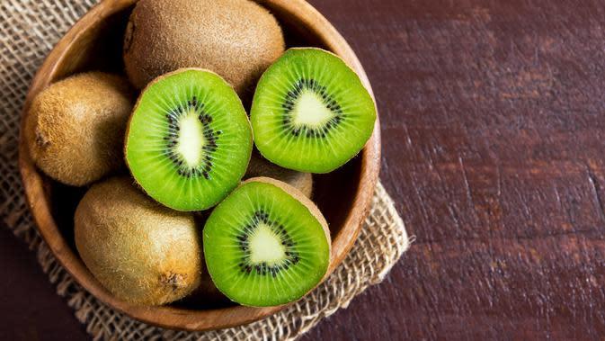 Ilustrasi buah kiwi (iStockphoto)