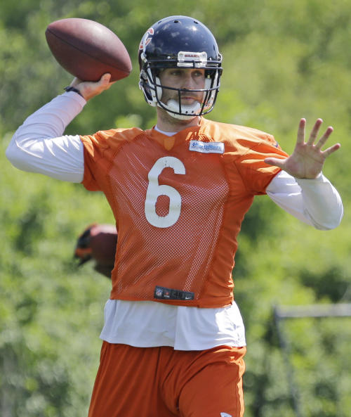 Chicago Bears quarterback Jay Cutler throws during NFL football team's mandatory mini-camp on Tuesday, June 11, 2013, in Lake Forest, Ill. (AP Photo/Nam Y. Huh)
