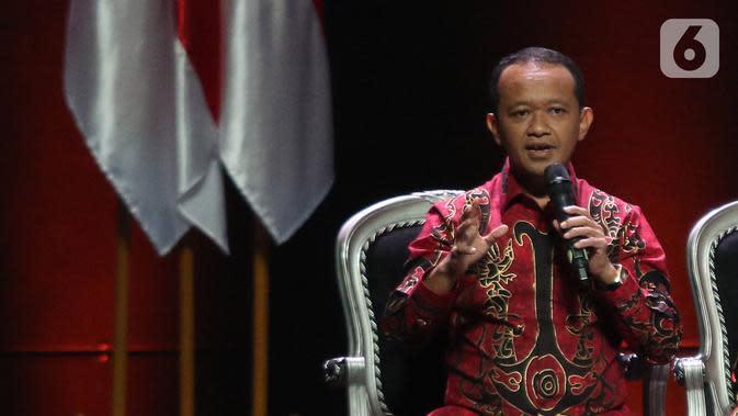 Kepala BKPM Bahlil Lahadalia menyampaikan paparan saat diskusi panel V Rakornas Indonesia Maju antara Pemerintah Pusat dan Forum Koordinasi Pimpinan Daerah (Forkopimda) di Bogor, Rabu (13/11/2019). Panel V itu membahas penyederhanaan regulasi dan reformasi birokrasi. (Liputan6.com/Herman Zakharia)