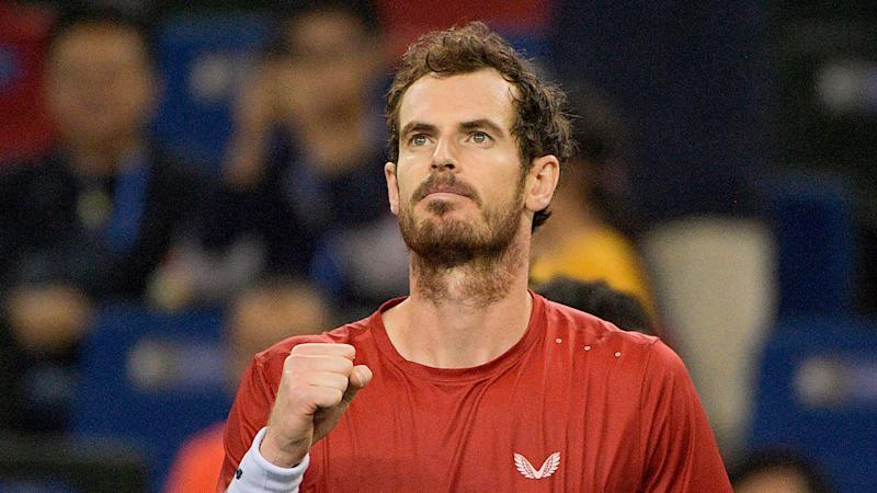 Andy Murray beat Juan Ignacio Londero to make the second round of the Shanghai Masters.