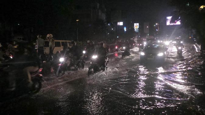 Hujan Deras Jakarta, Terowongan Kawasan Sudirman Tergenang