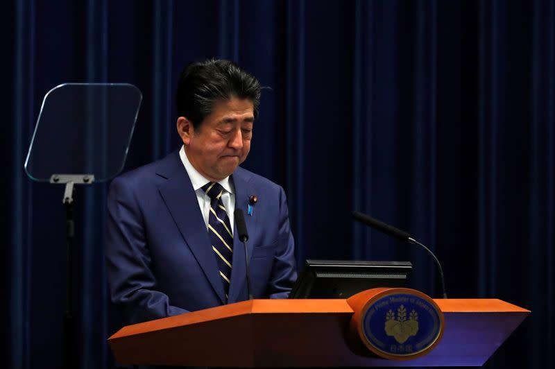 Japan's Abe vows unprecedented stimulus as Tokyo coronavirus cases rise