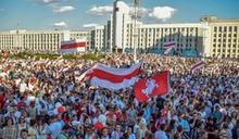 白俄羅斯總統遭逼下台 向蒲亭討救兵