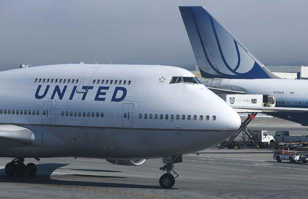 NFL Player Sues United Airlines, Says Woman Groped Him on Plane and Attendants Didn't Respond Appropriately