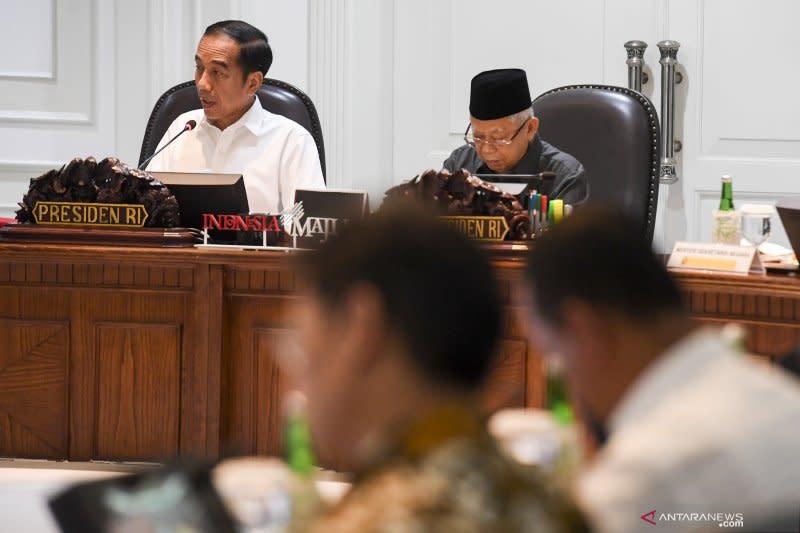 Kemarin, target inklusi keuangan Presiden hingga utang KS Rp30 triliun
