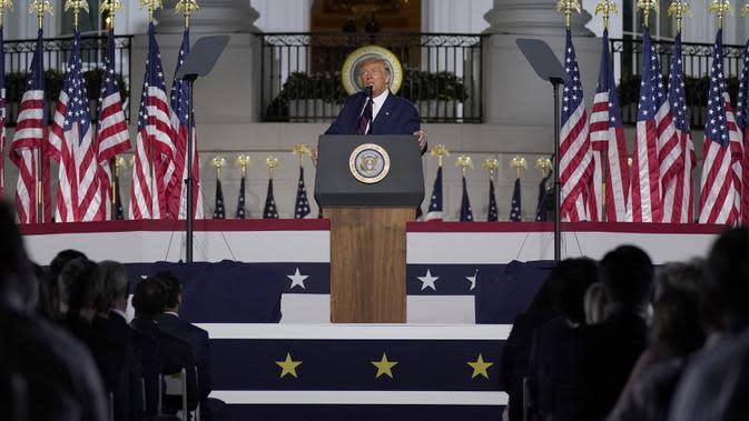 Presiden Amerika Serikat Donald Trump menyampaikan pidato pada hari keempat Konvensi Nasional Partai Republik di Gedung Putih, Washington DC, Amerika Serikat, Kamis (27/8/2020). (AP Photo/Evan Vucci)