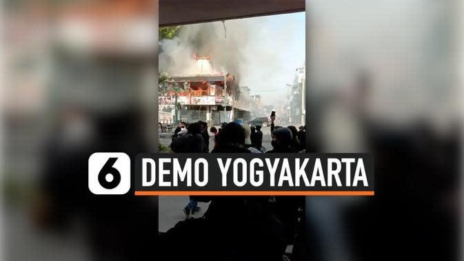 VIDEO: Restoran Terbakar Imbas Demo di Yogyakarta