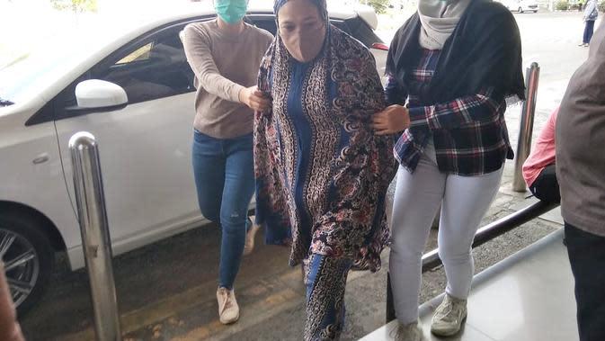 Buron 4 Tahun, Emak-Emak Ditangkap di 'Lorong Narkoba' Kota Parepare