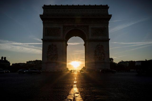 Arc de Triomphe to get posthumous Christo wrap in 2021
