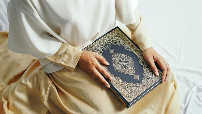 Ilustrasi Al-Qur'an | Credit: freepik.com