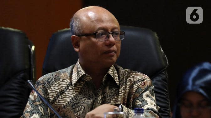 Direktur Utama PT Asuransi Jiwasraya Hexana Tri Sasongko saat menjadi pembicara pada acara diskusi Penyelesaian Gagal Bayar Jiwasraya di Kompleks Parlemen, Jakarta, Rabu (15/1/2020). Diskusi mengangkat tema