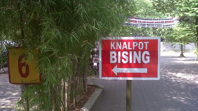 Ilustrasi knalpot berisik | Via: blognyamitra.wordpress.com