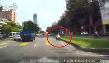 下公車專用道難用 輪椅族冒險快車道逆向