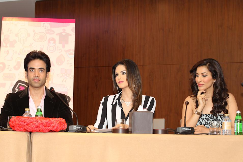 Tushar Kapoor, Sunny Leone and Sophie Chaudhary answer press questions. Sanish Cherian/Yahoo! Maktoob