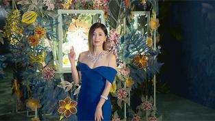 出席珠寶代言活動 賈靜雯藍色禮服大秀香肩