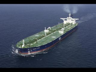 Hijacked supertanker nears Somalia