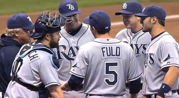 Joe Maddon calls Fuld warm-up pitches a 'very honest' mistake