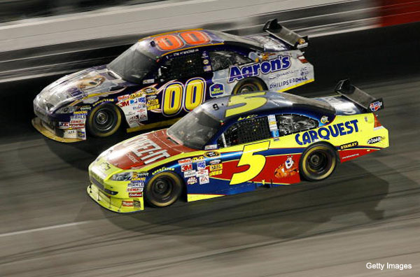 Reports: Martin in, Reutimann out at Waltrip Racing