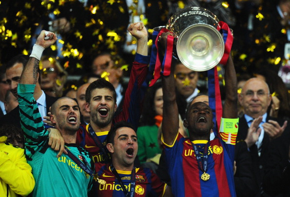 Just to warm your heart, Abidal wears armband and lifts CL trophy
