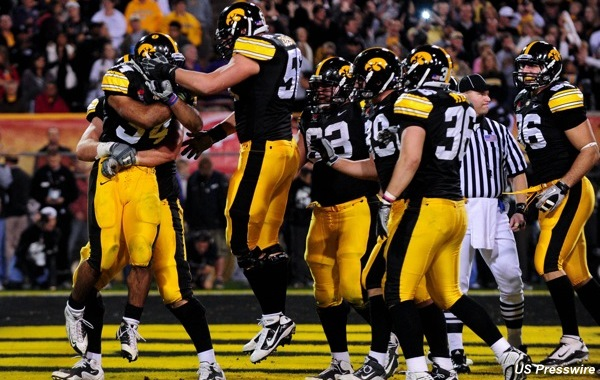 Debriefing: Not-so-great expectations play right into Hawkeyes' hands