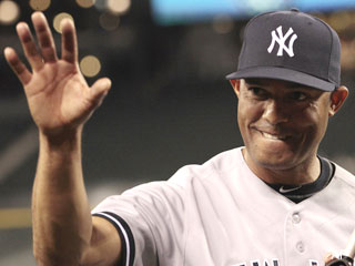 Hold the bubbly: Rivera's 600th a subdued affair as record nears