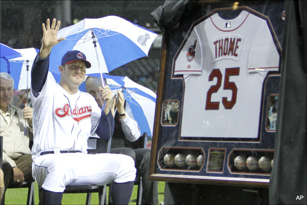 Big weekend for Big Jim: Thome gets statue, 'plays' third