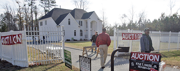 "Animal-rights group buys Vick's old ""Bad Newz Kennels"" house"