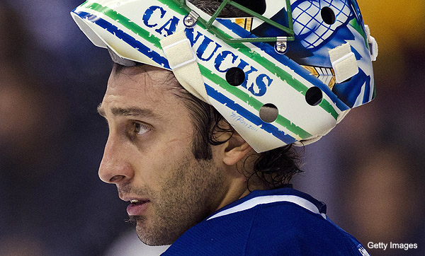 Trending Topics: The fallacy of choosing Schneider over Luongo