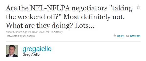 Aiello: NFL, NFLPA not taking the holiday weekend off