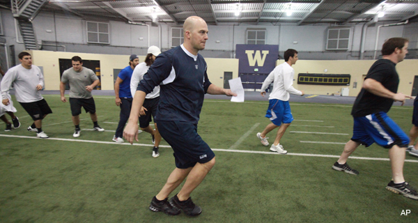 Seahawks lead player workouts with labor issues in deep background