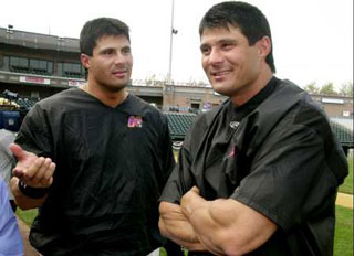 Paid $5,000 to box, Canseco pulls a fast one and sends twin brother