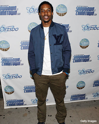 Brandon Jennings knows kung-fu, may not go overseas