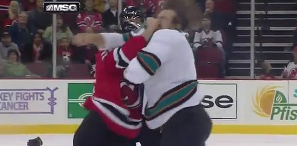 Fight Video: Eric Boulton's one-punch KO of Douglas Murray