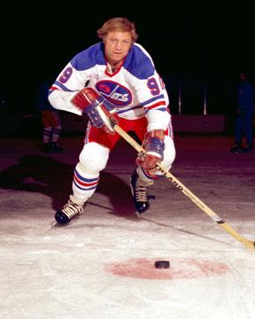 Bobby Hull gave Evander Kane No. 9 jersey escape clause