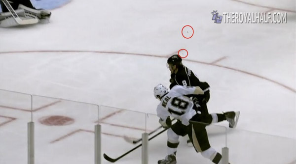 Video: Let's all be thankful Drew Doughty wears a visor