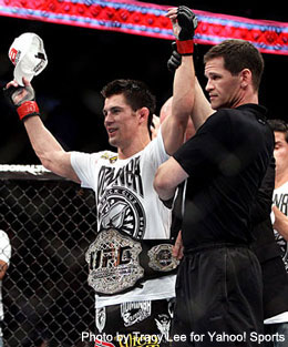 Cruz digs deep to retain his 135-pound title at UFC on Versus 6