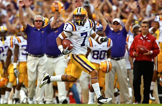 Top 25: LSU leaves 'em in the dust