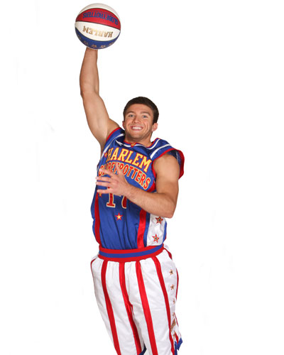 Ex-YouTube star dunker finds a home with the Harlem Globetrotters