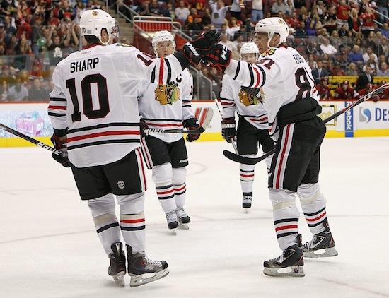 Friday's Three Stars: Toews, Sharp boost Hawks; Elliott keeps rolling