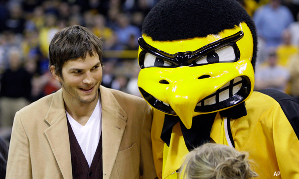 Ashton Kutcher and other civilians just heard about this Joe Paterno thing